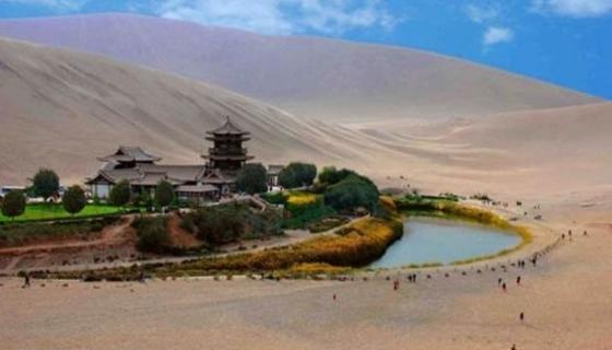 صور اغرب بحيرة فالصين