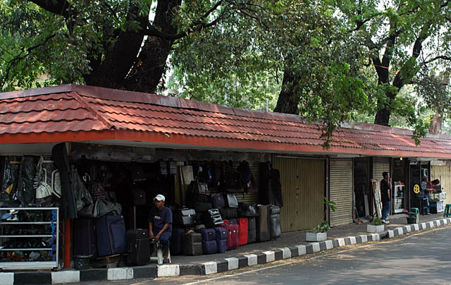 صور سوق جالان سورابايا العتيقة (Jalan Surabaya Antique Market) جاكرتا