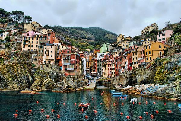 الأوت ليت في إيطاليا
