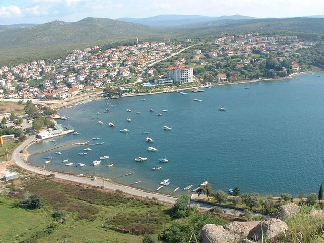 تقرير عن مدينة شيسما أو باللهجة التركية تشسما ( سياحة تركيا )