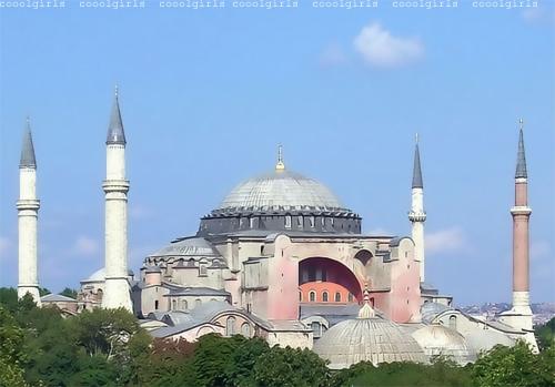 ثلاث مدن اساسية تجتذب اليها اغلب السواح في تركيا
