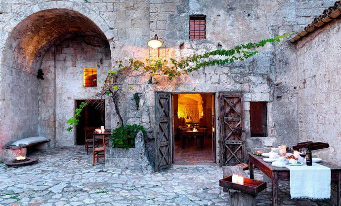 صور فندق لوجروتي في ايطاليا