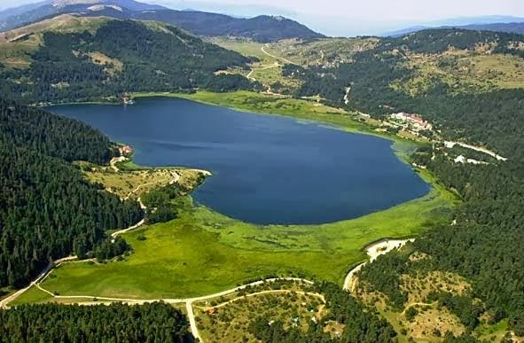 صور بحيرة أبانط بولو ، بحيرة أبانت بولو ، تركيا