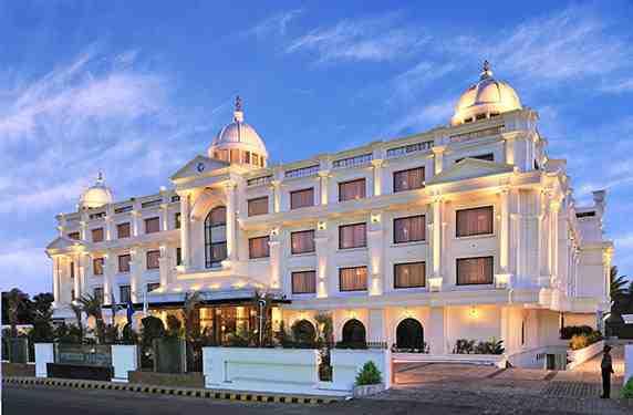 فندق للنساء فقط في الهند , سياحة الهند 2015