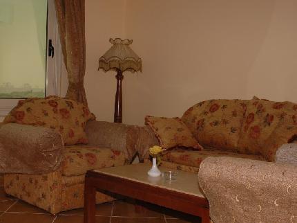 فندق طيبة بيراميدز من الفنادق ال 4 نجوم ( فنادق القاهرة )