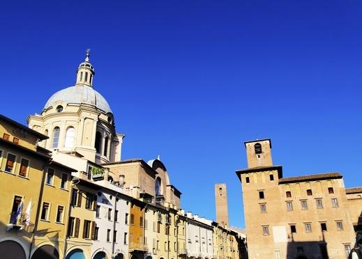 جولة سياحيه فى مانتوفا، مدينة شمال إيطاليا