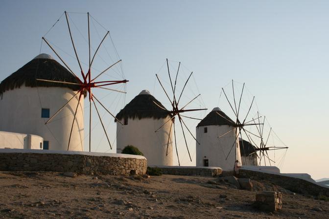 ميكونوس حقاً وجهة سياحيه رائعه