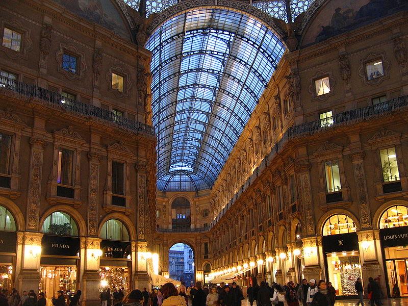 التسوق في ميلانو
