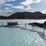 البحيرة الزرقاء واحدة من مناطق الجذب الأكثر زيارة في أيسلندا