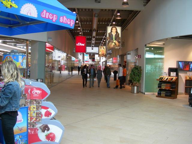 تقرير مصور عن الاوت لت النمسا _ التسوق فى النمسا