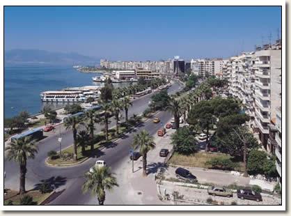 إزمير المدينة الثالثة في تركيا بالصور