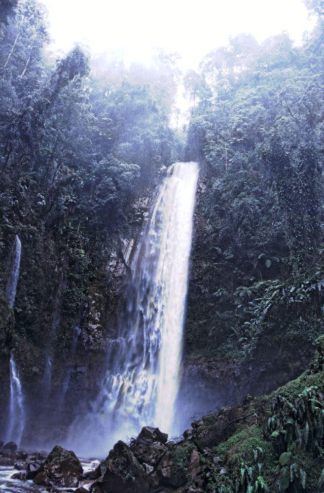 المعالم السياحية في إندونيسيا