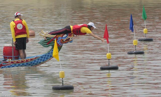 صور مهرجان قوارب التنين فى الصين _ السياحة فى الصين 2013