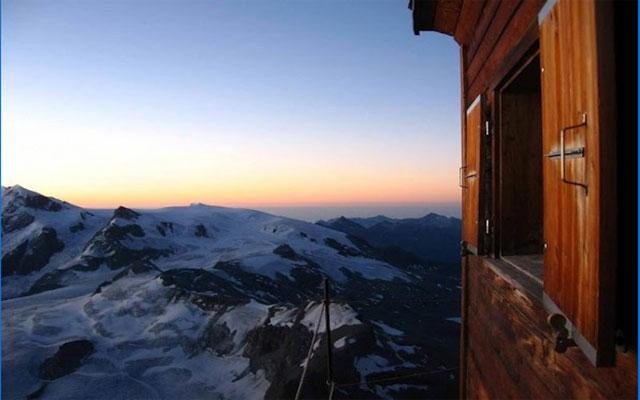 صور منزل فوق السحاب فى سويسرا .. صور ورعة