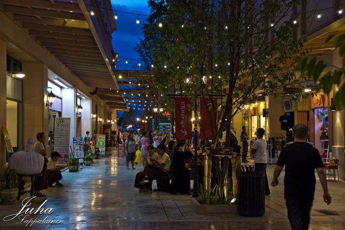 السوق الليلي الجديد في بانكوك